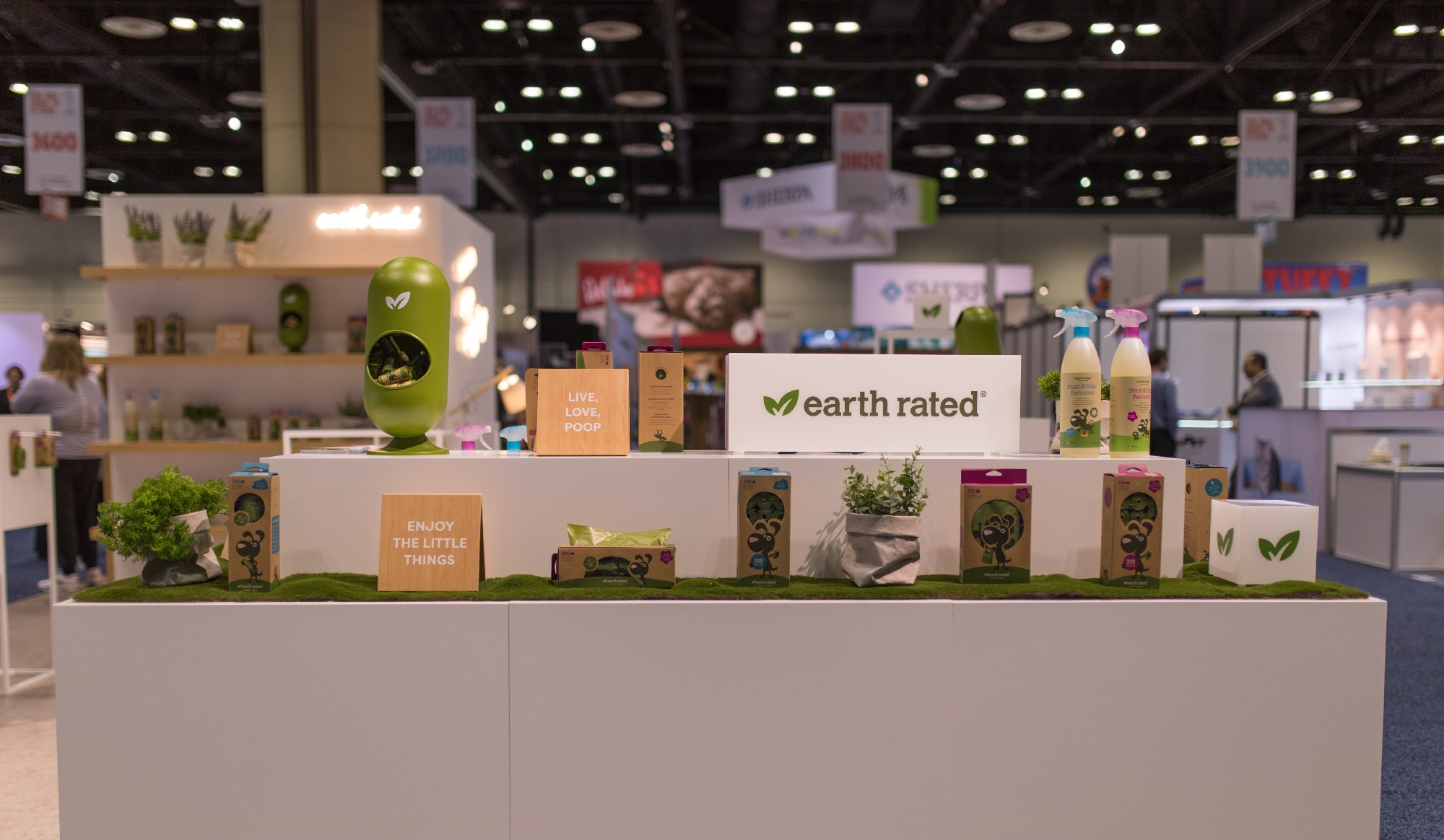Earth-Rated-Booth