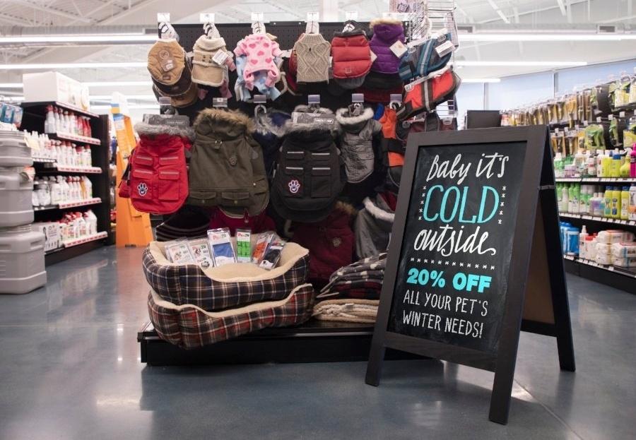 Winter-Store-Display